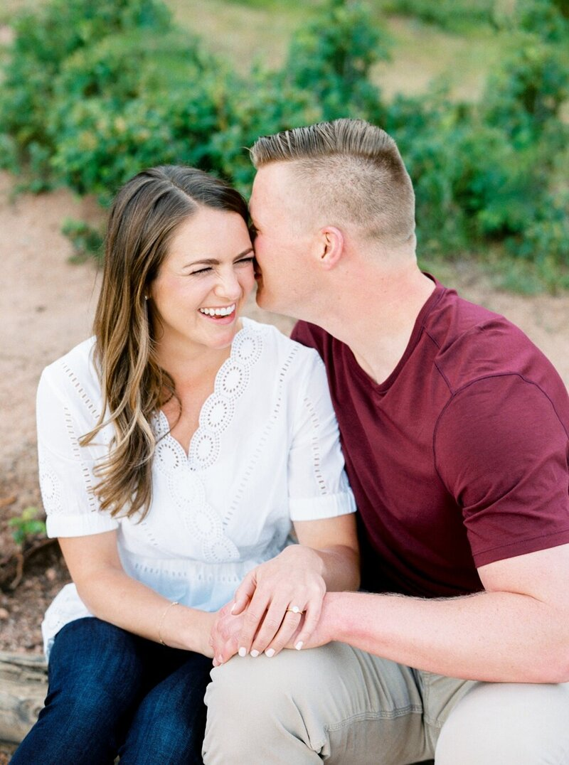 Playful Engagement with a Mountain View_0010