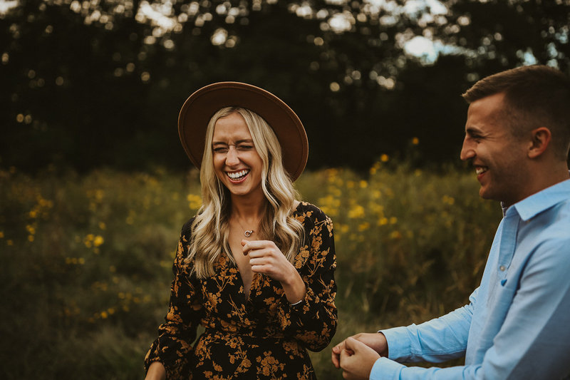 summer-engagement-photographer-laughing