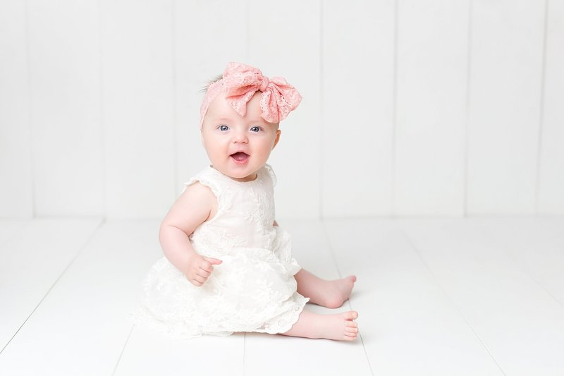 6 month old baby girl pink lace bow