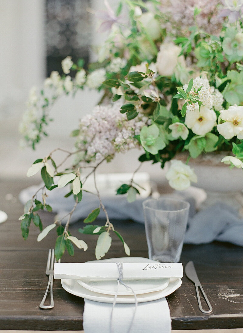 French-wedding-table-placesetting-Stephanie-Brauer