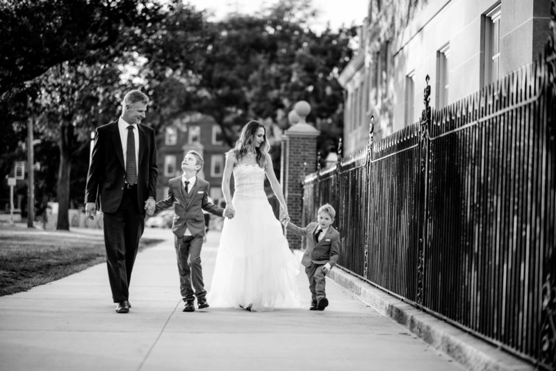 Boston-Family-Photographer-Harvard-Charles-River-1