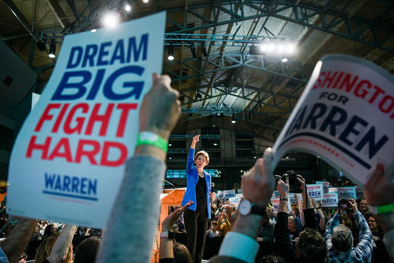 "Elizabeth Warren 2020 democratic presidential primary ""dream big fight hard signs"""