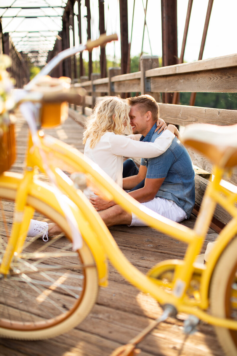 Eau Claire - Wisconsin - Engagement - Photography-41