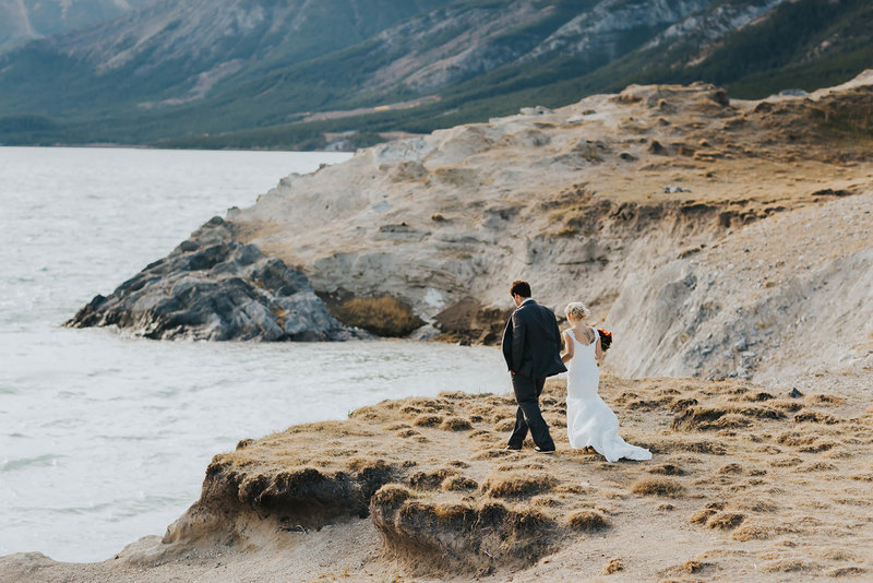 new-zealand-elopement-wedding-travelling-adventure-photographer