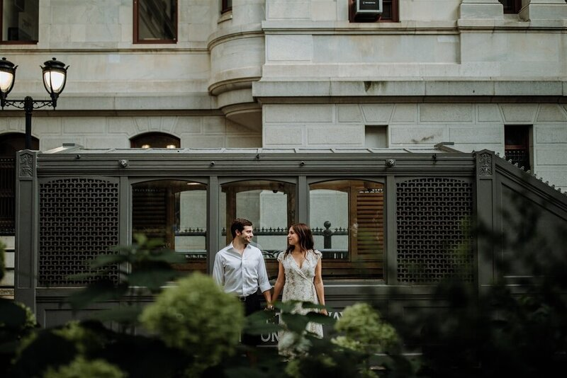 philadelphia-city-hall-engagement-photographer