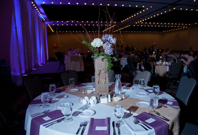Fargo Hilton Wedding Venue photographers kris kandel (6)