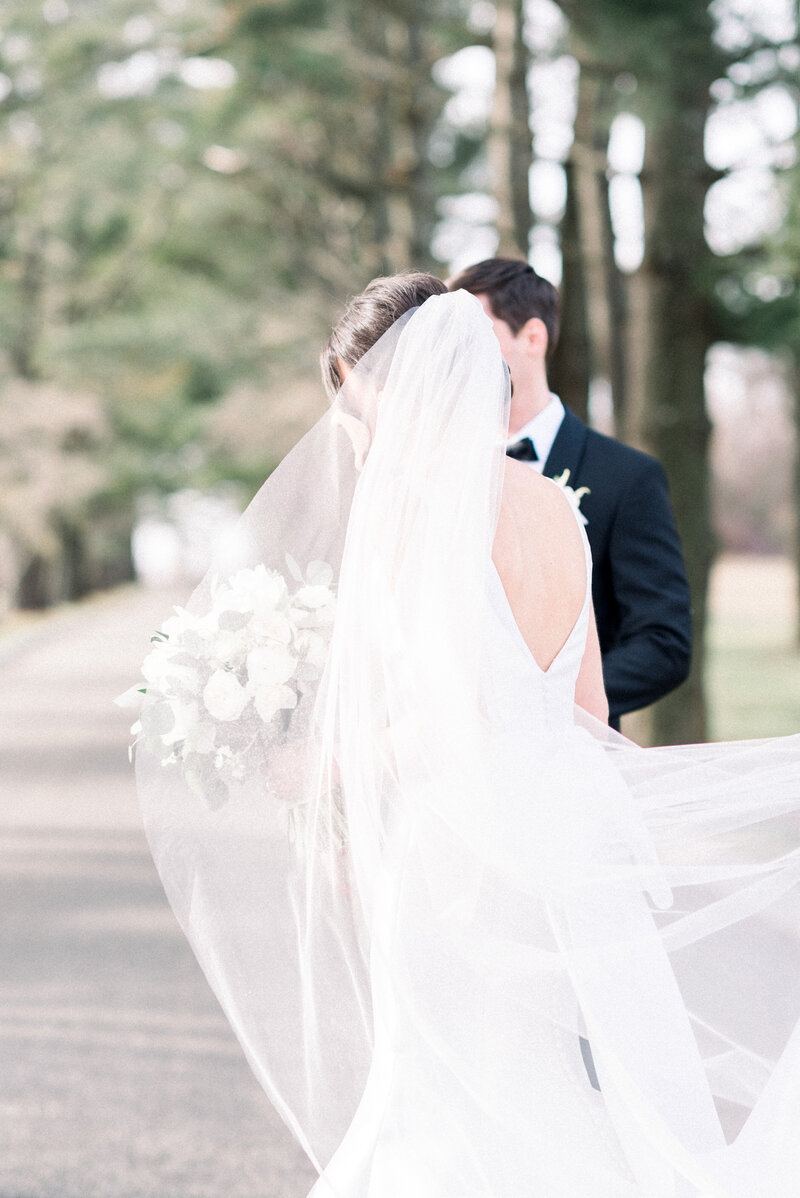 Ashford Estate wedding captured by NJ estate wedding photographer Myra Roman