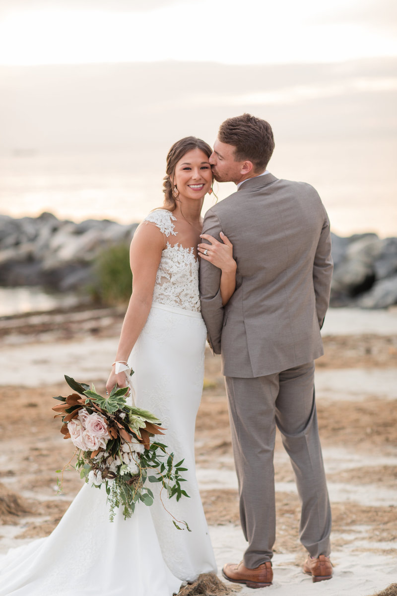 the-oyster-farm-at-kings-creek-wedding-kelley-stinson-photography0027