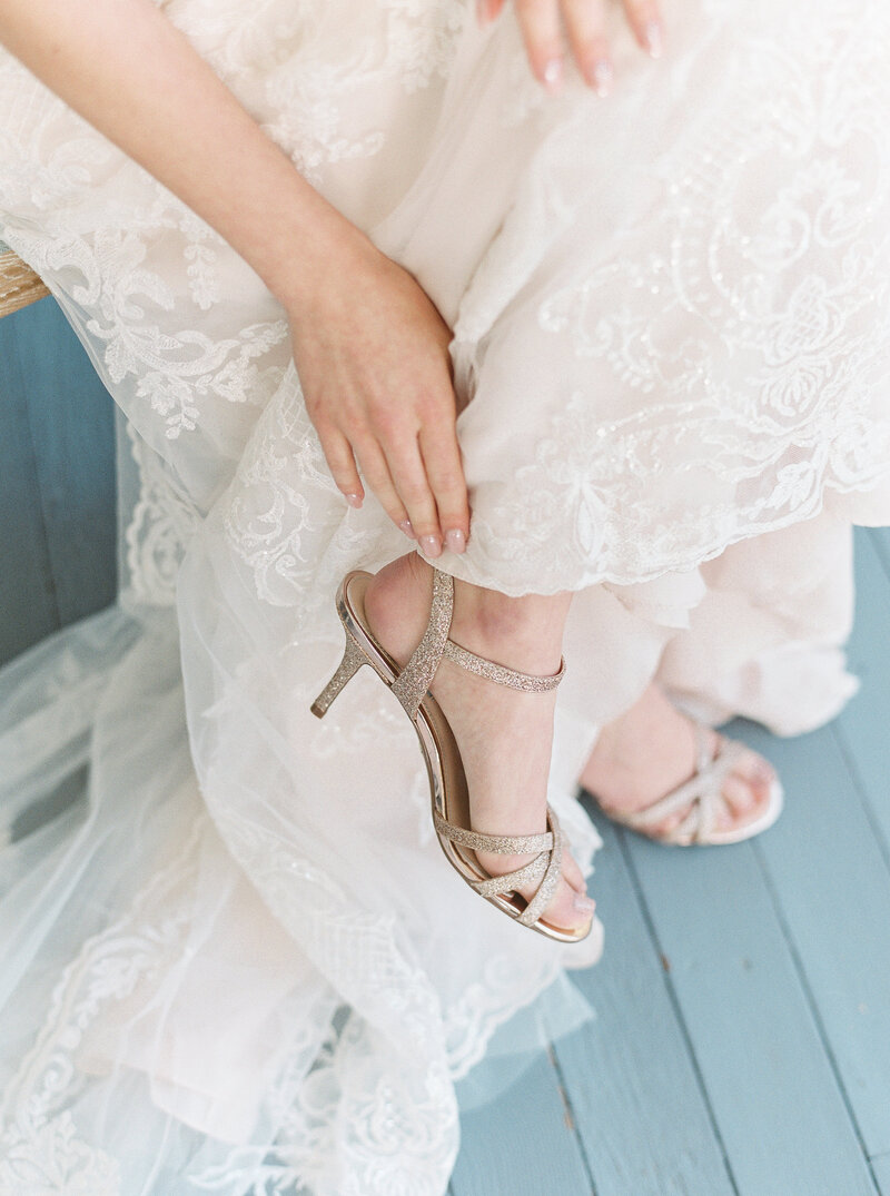 Brianna Chacon + Michael Small Wedding_The Ivory Oak_Madeline Trent Photography_0023