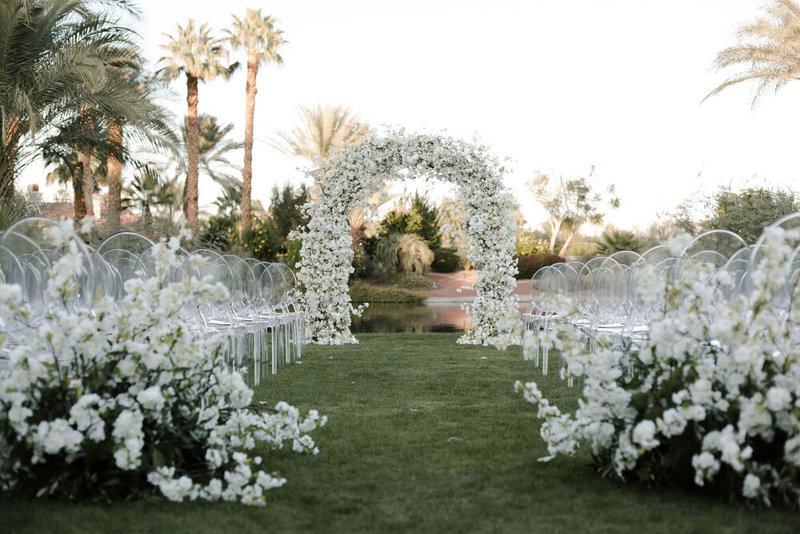Modern black and white Indio wedding day