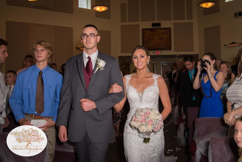 Belhurst Castle Pictures Geneva NY Syracuse Wedding Photographer-34