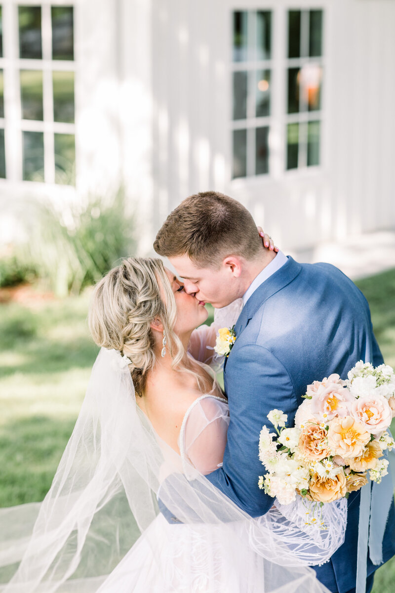Spain Ranch Jenks Oklahoma Wedding Photographer Nancy Cole-0110