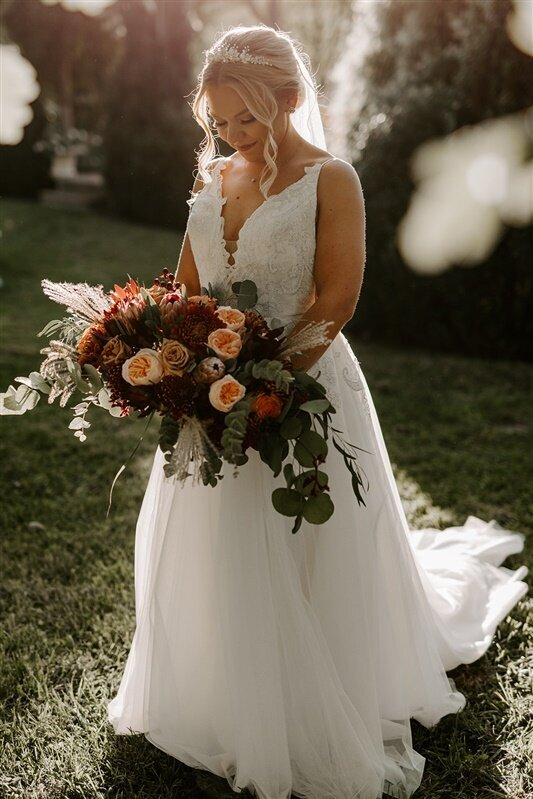 Fall themed  garden style bridal bouquet in Virginia