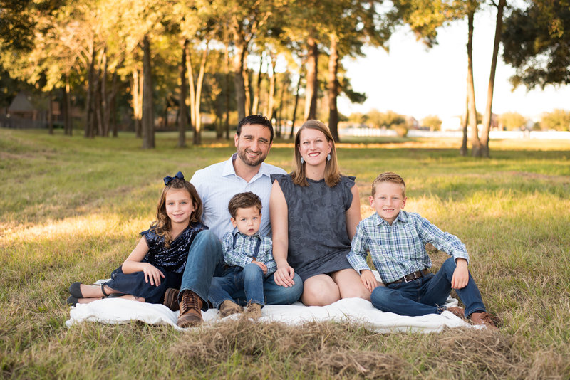 Outdoor Family Session in Tomball, TX