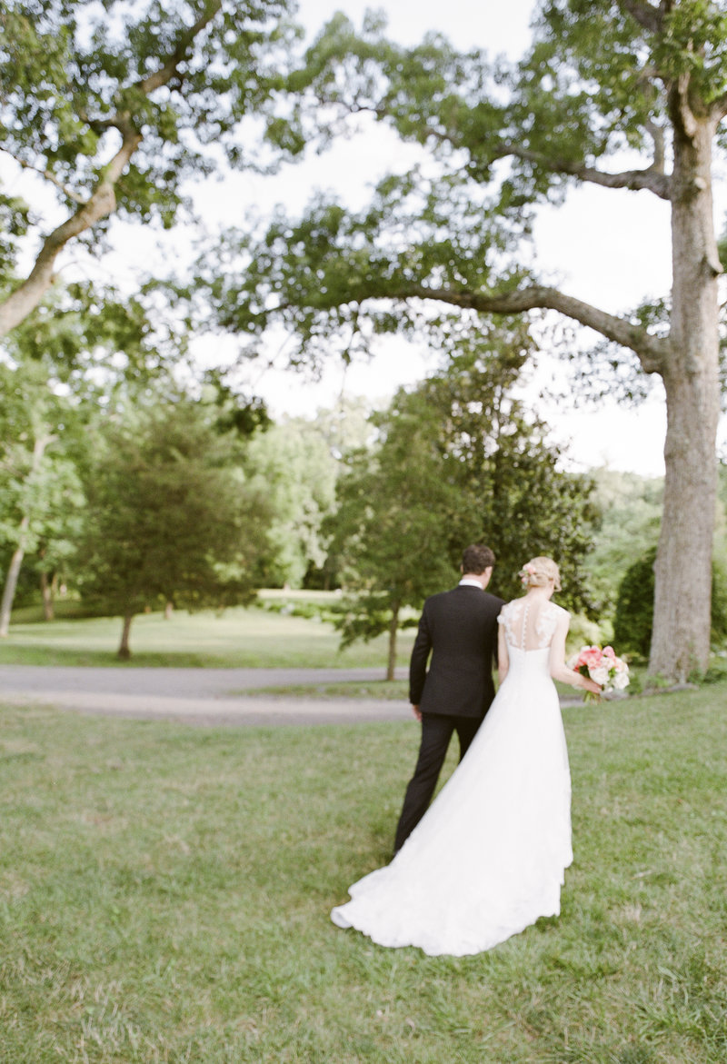 Rural Virginia Wedding Planner