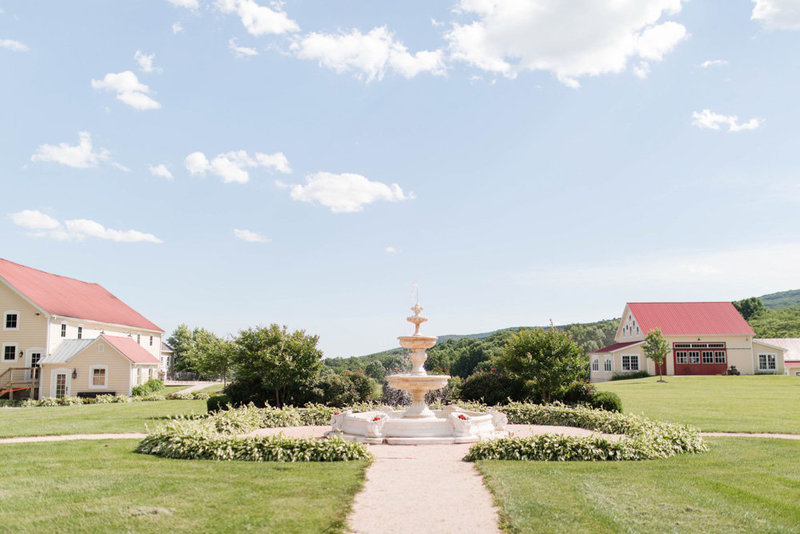 fountain at springfield manor winery and distillery wedding by costola photography