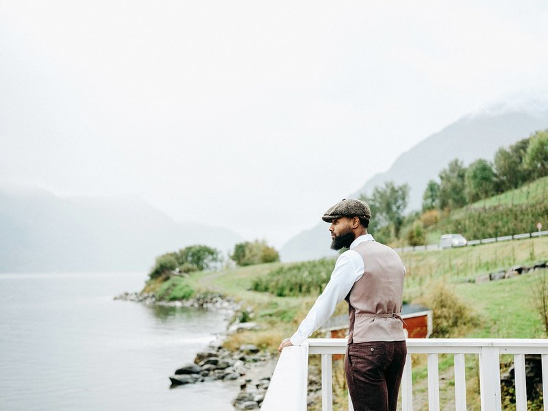 Wedding photographer Bergen Norway Fine art photographer europe elopements20