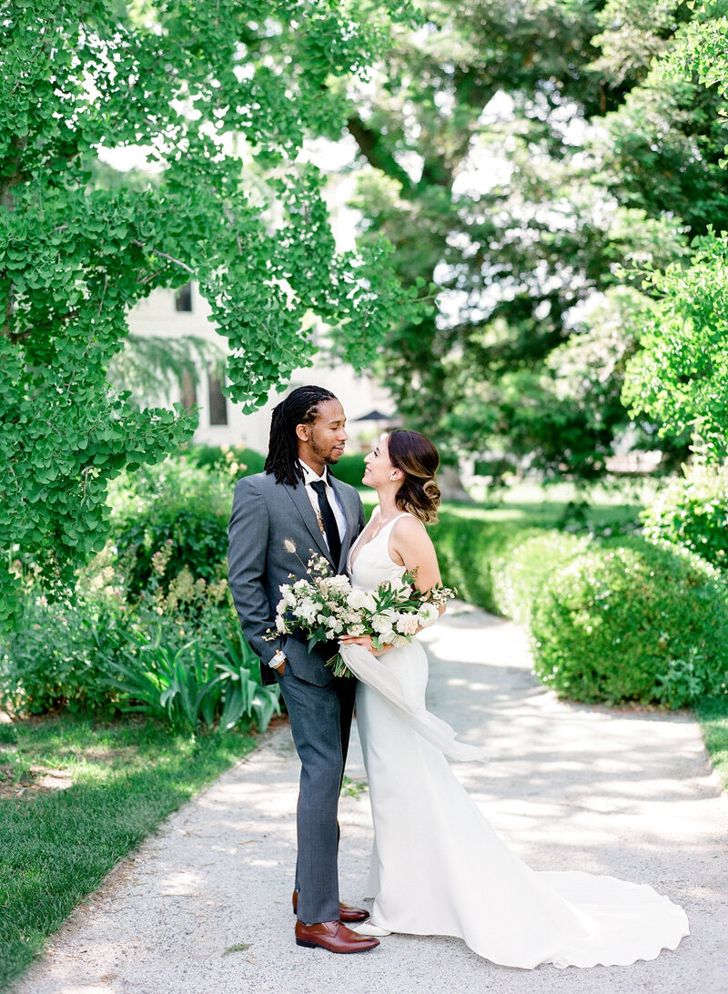 wendy-kevon-park-winters-wedding-contigo-ranch-frederickburg-53