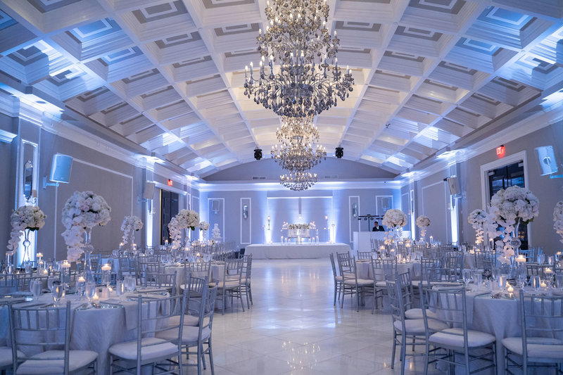 05. SG3 Events White and Silver Wedding Decor