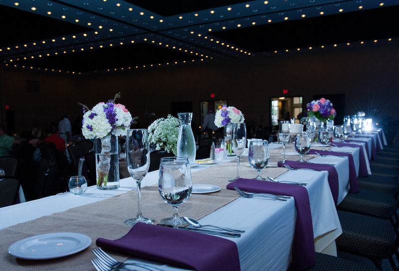 Fargo Hilton Wedding Venue photographers kris kandel (8)