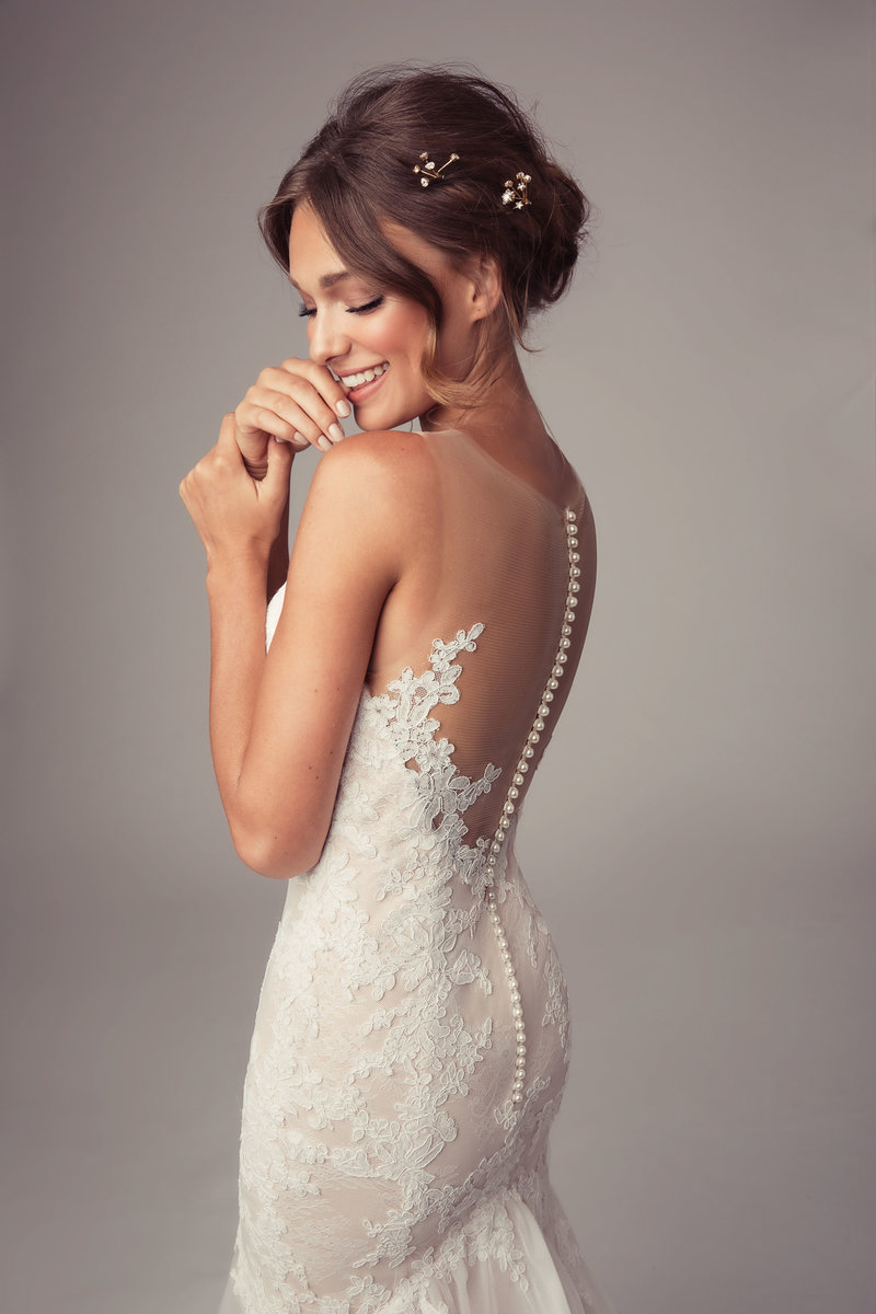 New-York-Wedding-Dress-Shop-Bridal-Boutique-Jessica-Haley-Julie-Vino-Couture-Gown-Photo