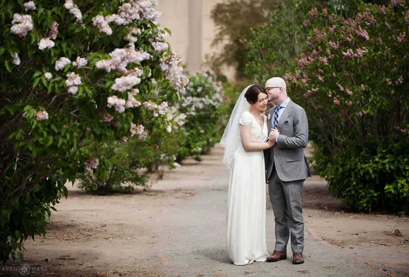 Spring Wedding Photos in City Park at Denver Museum of Nature and Science