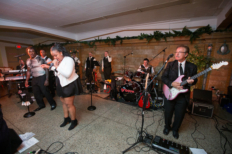 The Groove plays live at Masonic Temple wedding reception