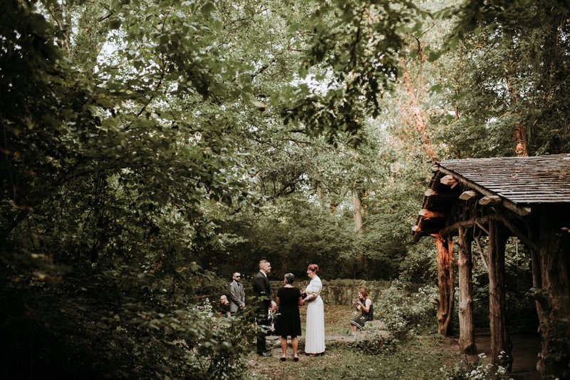 forest-elopement-cincinnati-wedding-photography-16