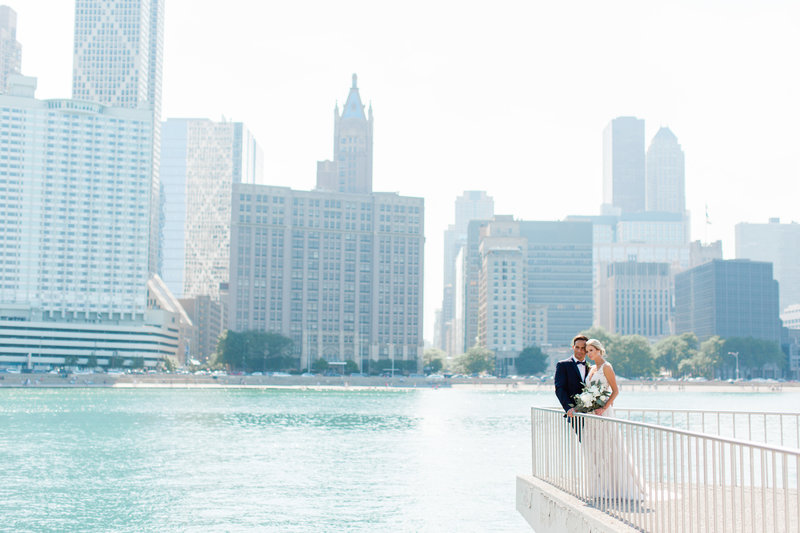 chicago-tribune-tower-wedding-nicole-jason-413
