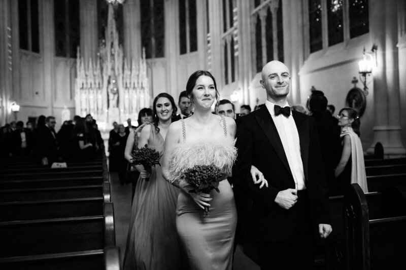 bridal-party-saint-james-chapel-chicago