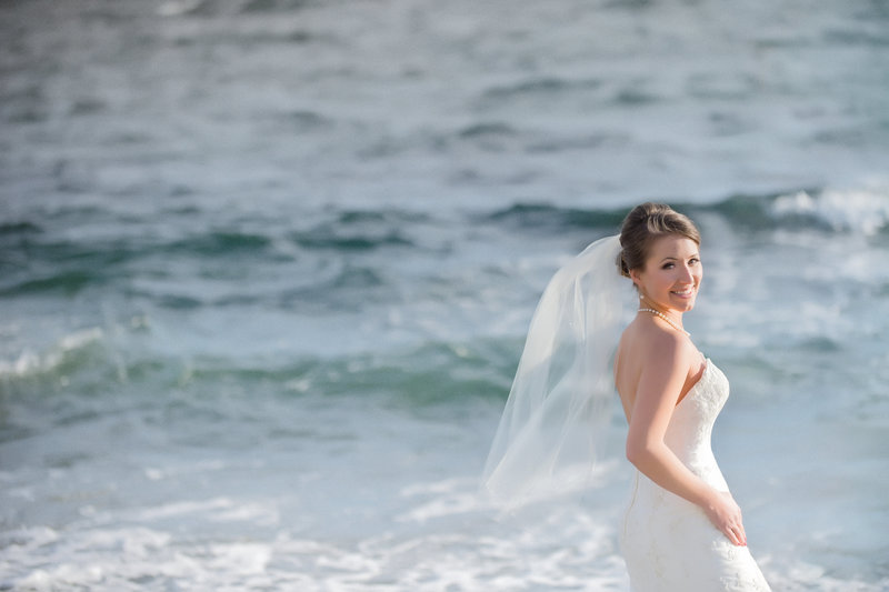 Suzanne le stage Photography- Oak Bay Beach Wedding - Victoria Weddings-
