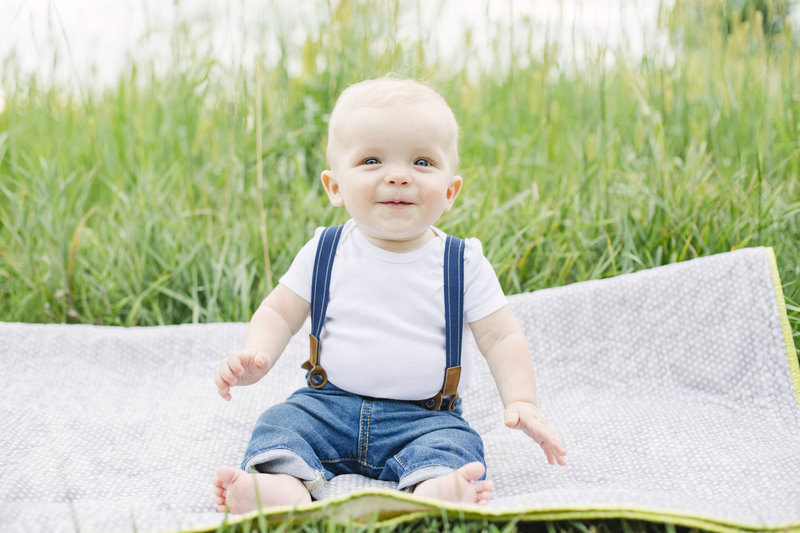 Family Photographer Outdoor Toddler Sioux Falls