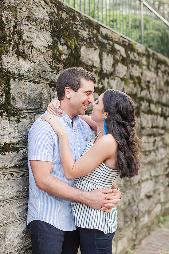 AMBER-DAWSON-PHOTOGRAPHY-COVINGTON-KENTUCKY-ENGAGEMENT-SESSION-0020
