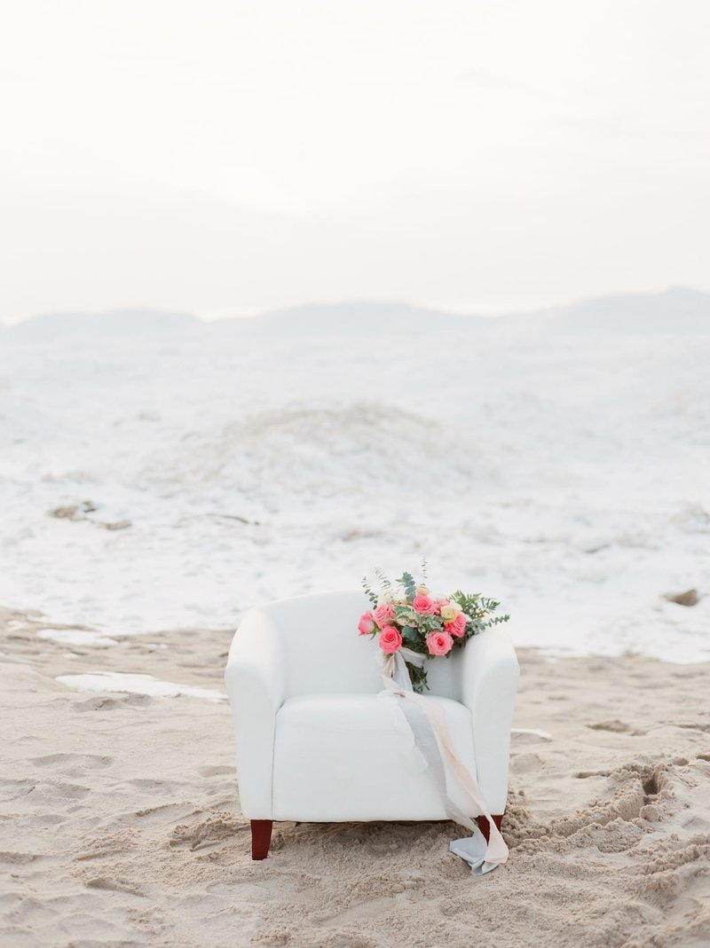 Frozen-Lake-Michigan-wedding-inspiration-Kelly-Sweet-28