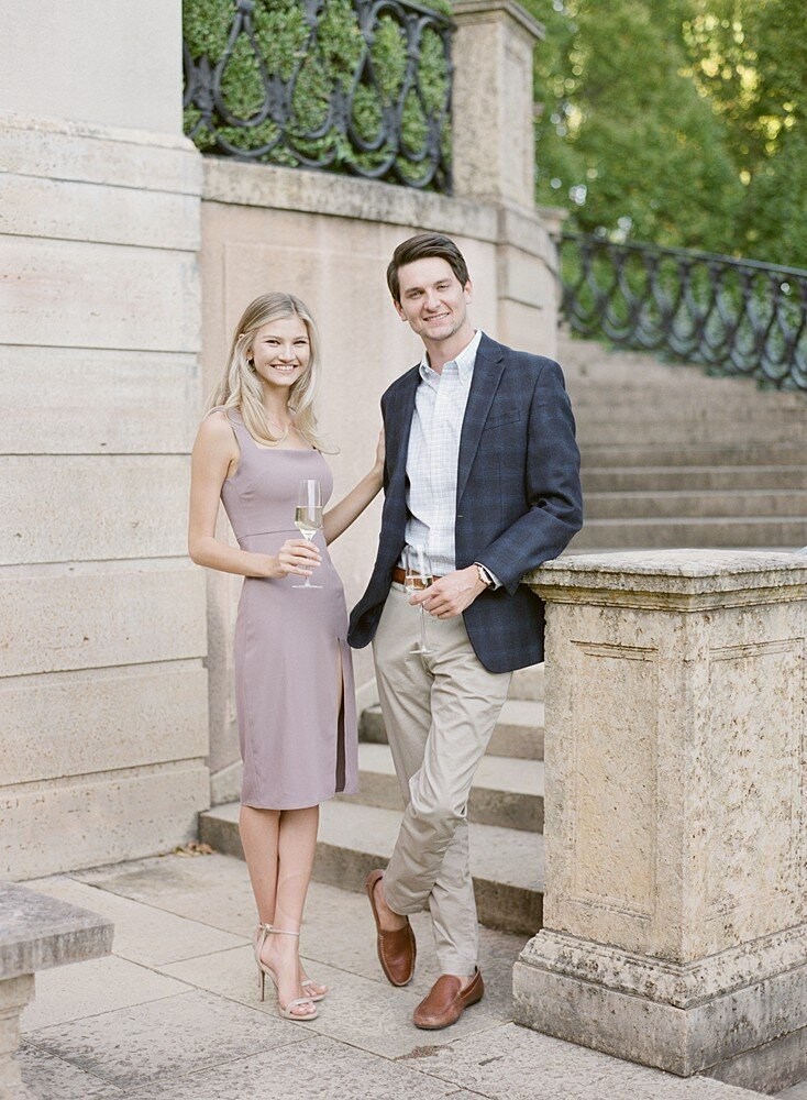 tulsa-wedding-photographer-engagement-session-at-the-philbrook-museum-laura-eddy-photography_0023