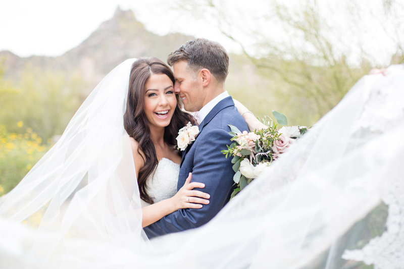 Blush Four Seasons Scottsdale, Arizona Wedding | Amy & Jordan Photography