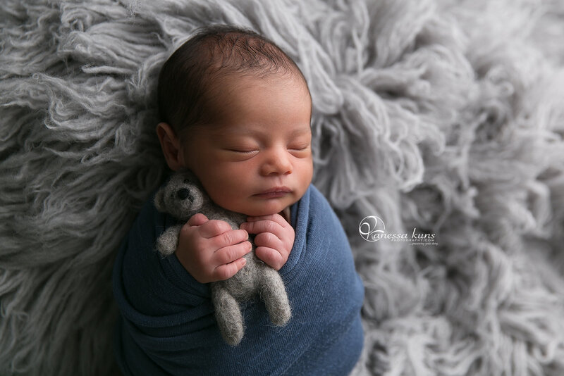 vanessakunsphotography_newborn_littleboyblue_1