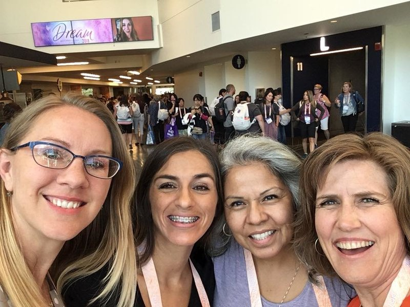 Convention with Julie, Teresa, Steph'18
