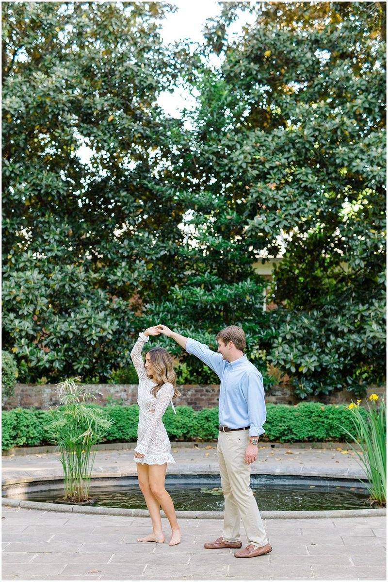 north-georgia-wedding-photographer-uga-founders-garden-engagement-athens-georgia-laura-barnes-photo-24