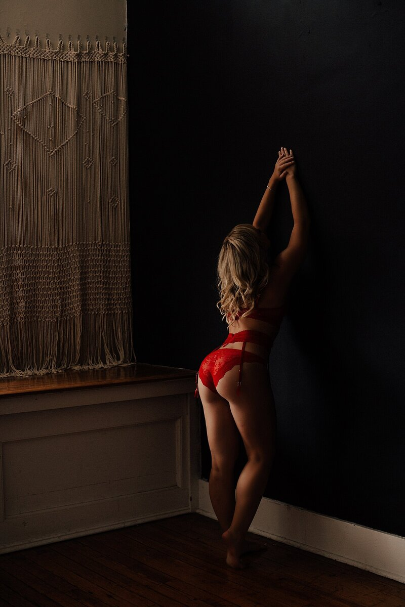 dark and moody boudoir photos in charlotte nc