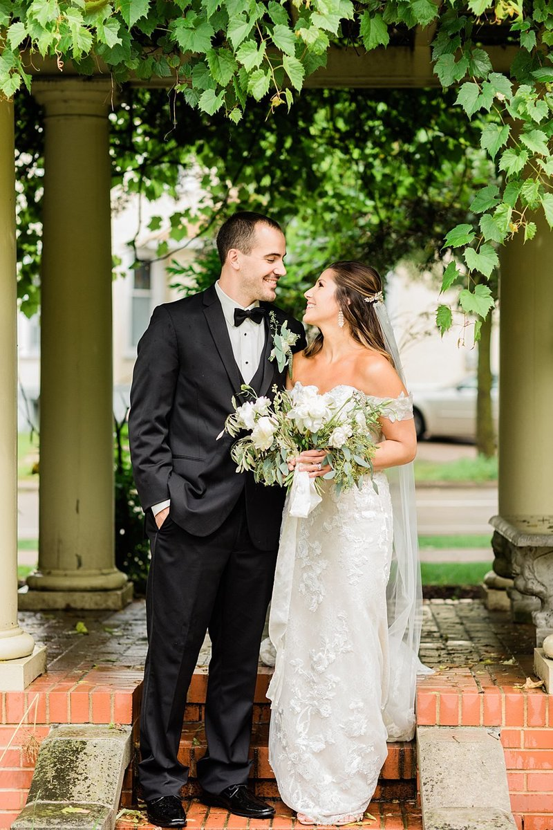 49_Downtown-Wausau-Wedding-Photos-James-Stokes-Photography