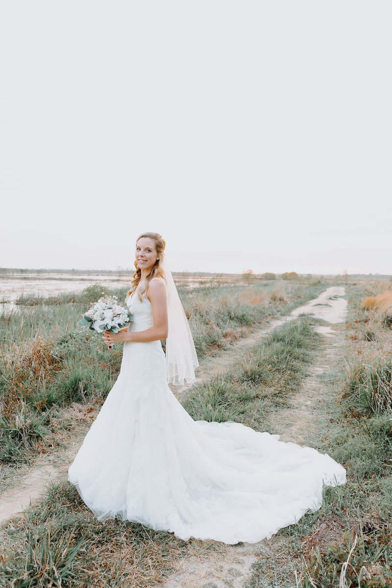 Chelsea-wildlifebasin-bridal-portraits-charleston(16)