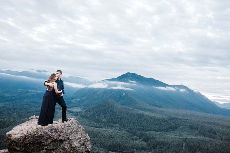 Eivind+Elyse_Engagement_Rattlesnake_lake_ridge_Seattle_Photographer_Adina_Preston_Weddings_211