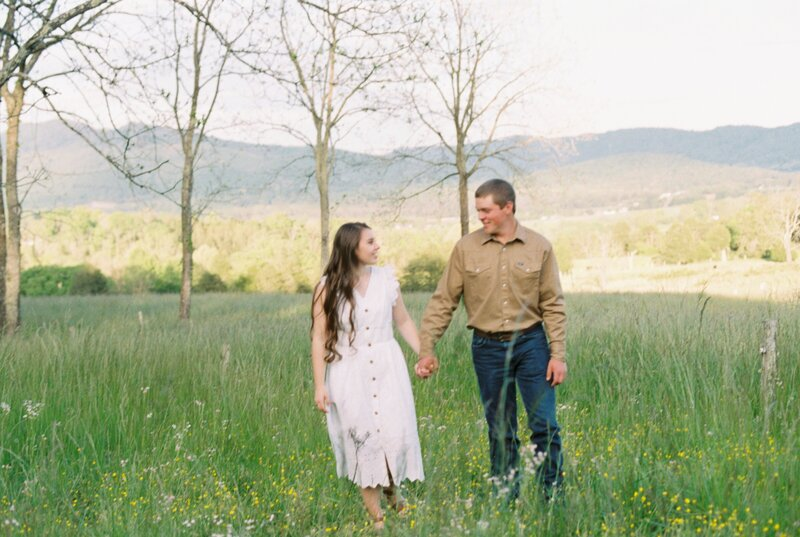 Virginia spring engagement photos by Edwards Photography