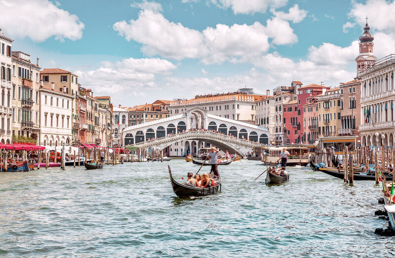 colorful town and gondolas | KC Abroad