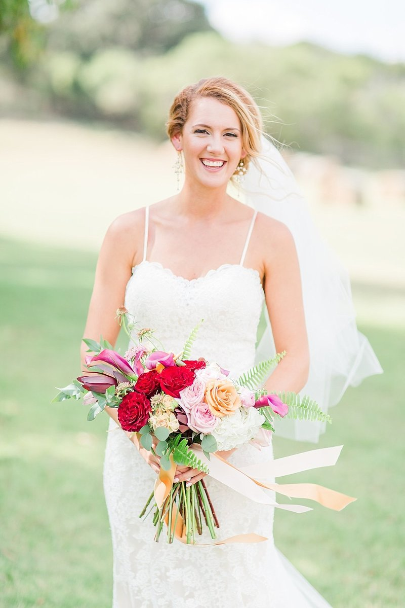 Navy and greenery botanical wedding at The Lodge at Country Inn _ Cottages Wedding Venue in Fredericksburg Texas_0025