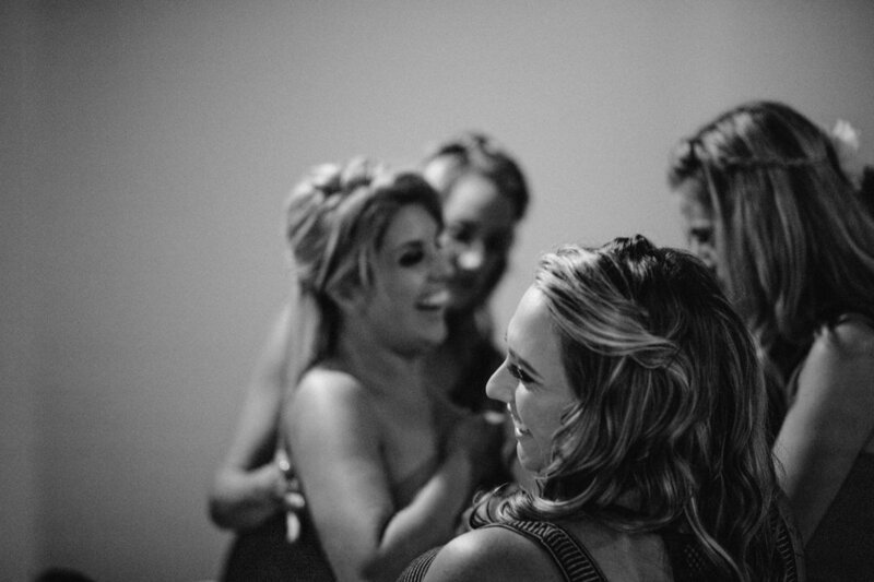 bride-getting-ready-ontario