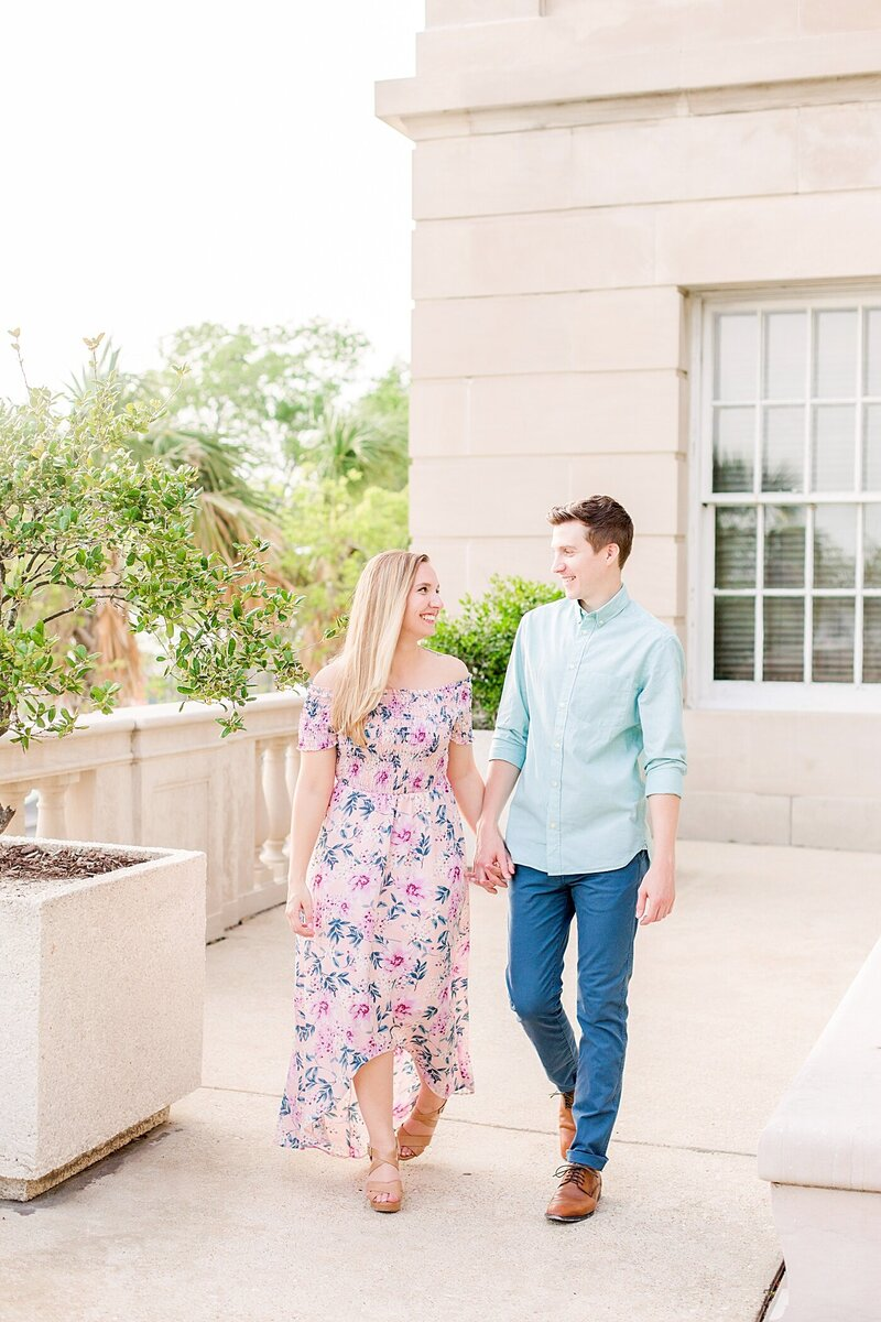 Downtown-Wilmington-NC-Engagement-Photos14