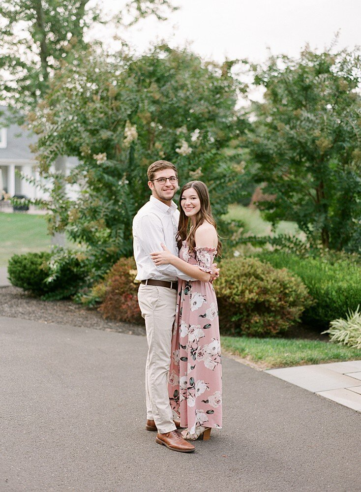 philadelphia-wedding-photographer-private-estate-engagement-shoot-laura-eddy-photography_0009