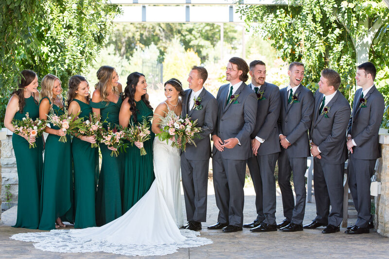 bridal party photos at green bay botanical garden